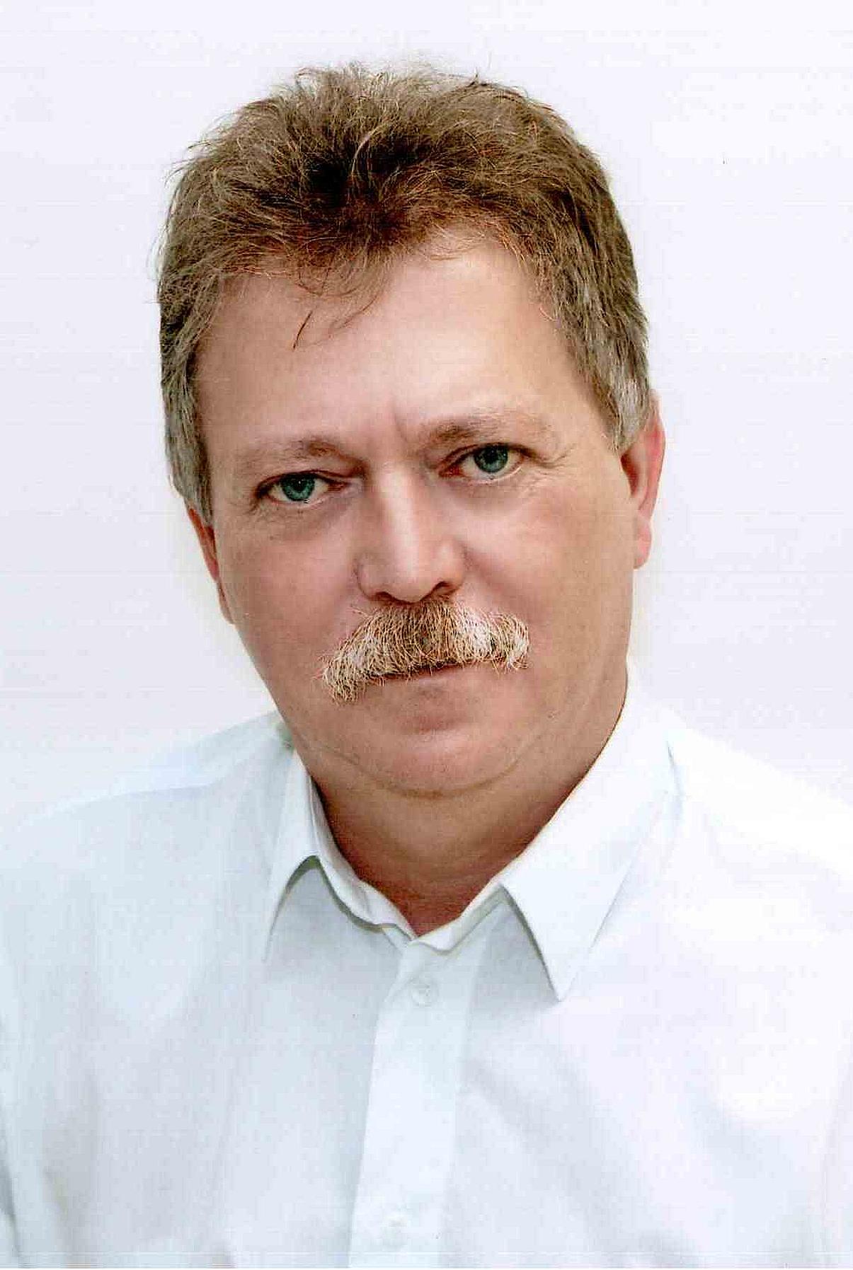 Dr. Tanács Antal